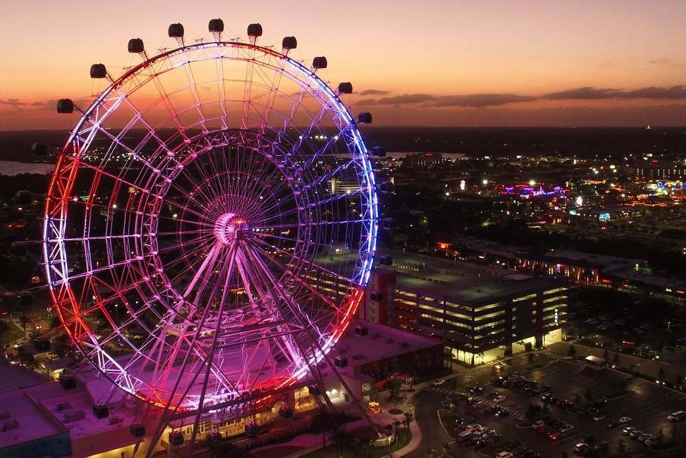 Orlando ferris wheel at night