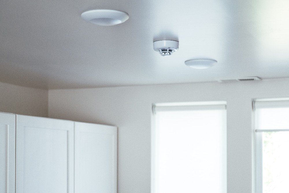 smoke detector installed on ceiling