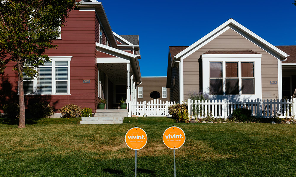 Neighboring Vivint protected Smart Homes