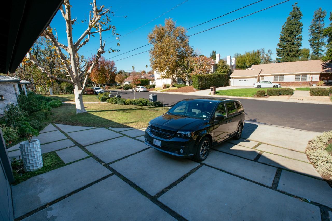 vivint car guard outdoor camera pro